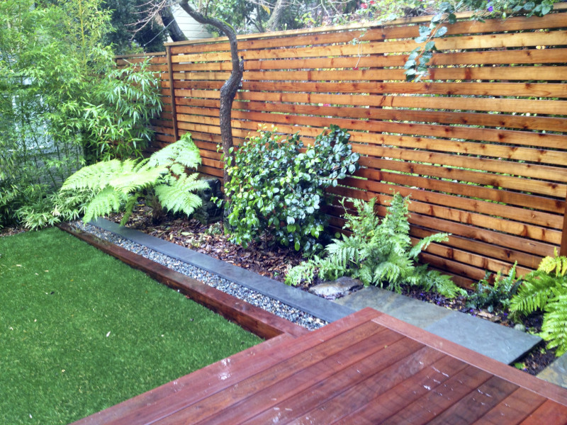 shade plantings and horizontal fencing